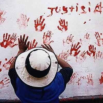 Siguen desaparecidas 15.000 personas tras ''guerra sucia'' en Perú