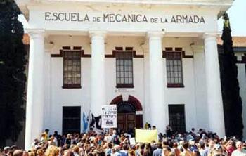 Represores argentinos quemaron cuerpos de desaparecidos